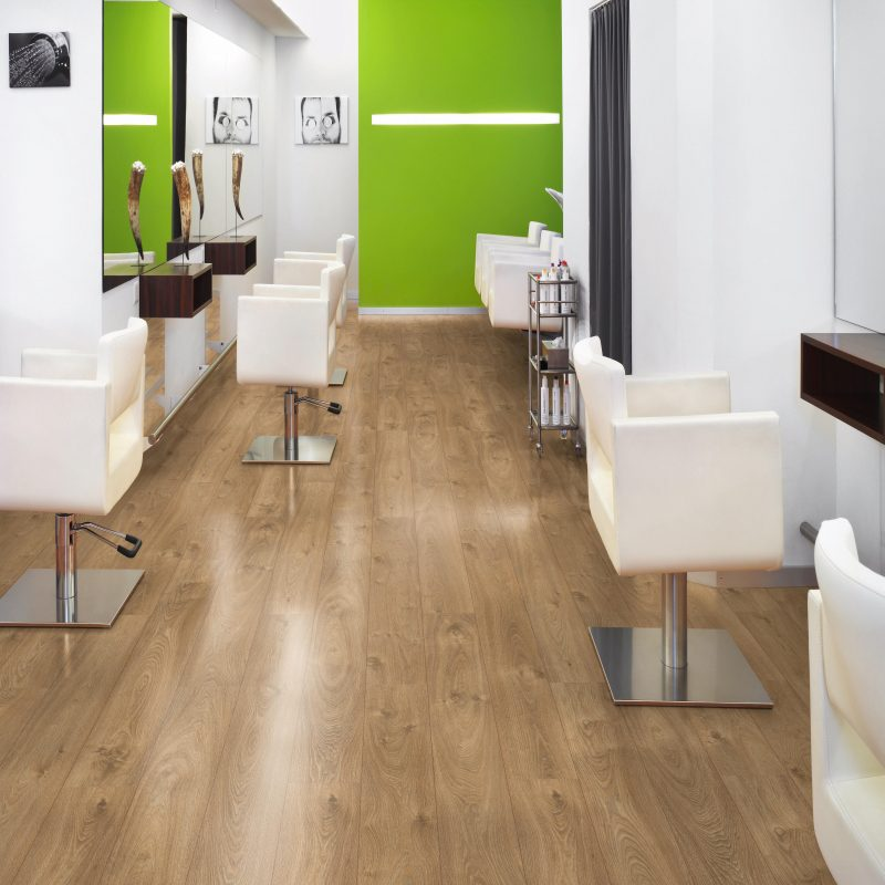 Vivant 12mm Zermatt Oak 4V Groove Laminate Flooring