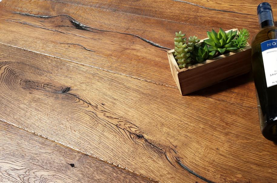Nevada 14/3 x 190mm Distressed Antique Brown Oak Engineered
