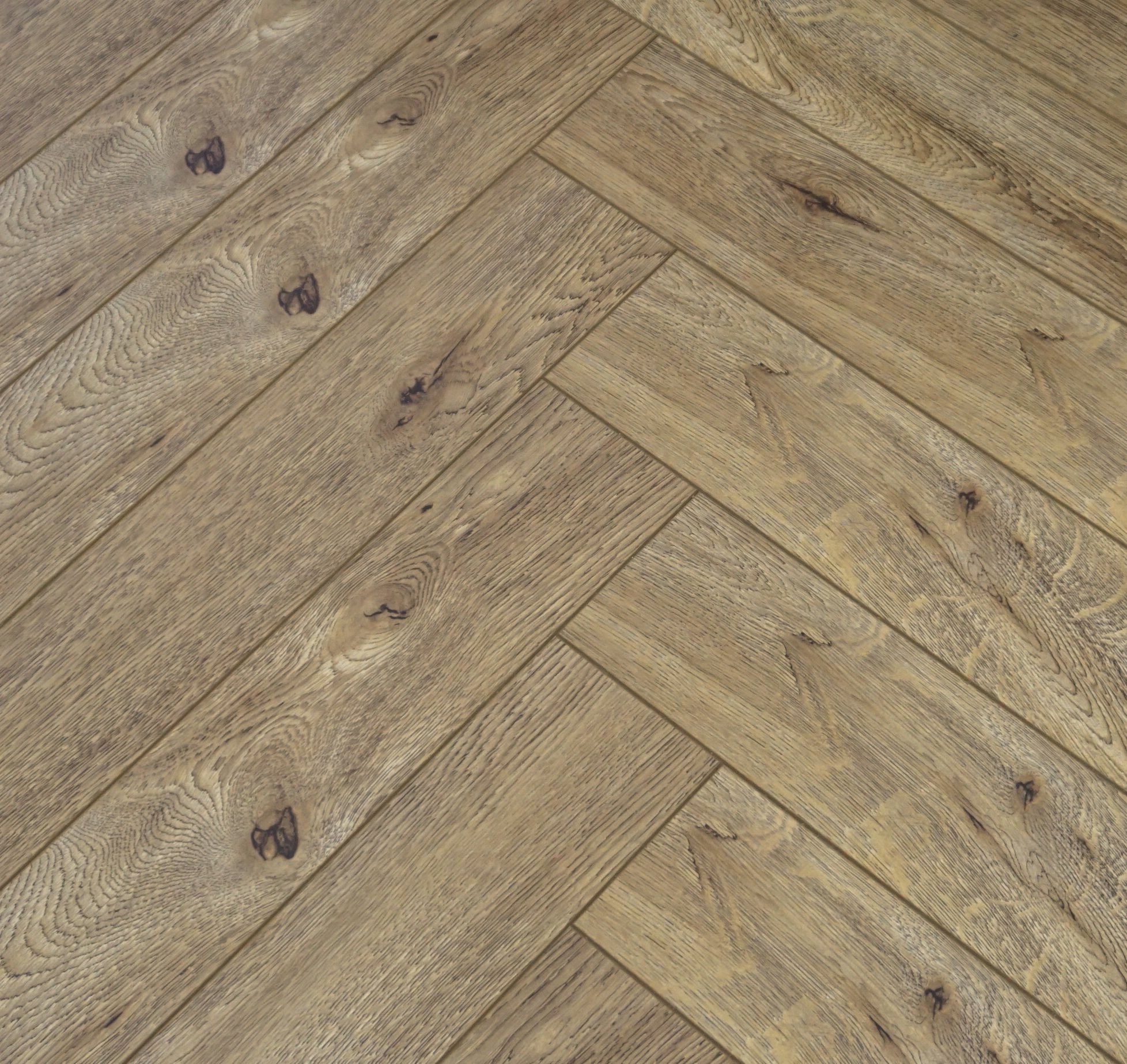 Vivant Vintage Herringbone 12mm Royal Oak 4V Laminate