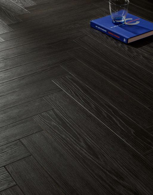 Vivant Vintage Herringbone 12mm Dark Night 4V Laminate