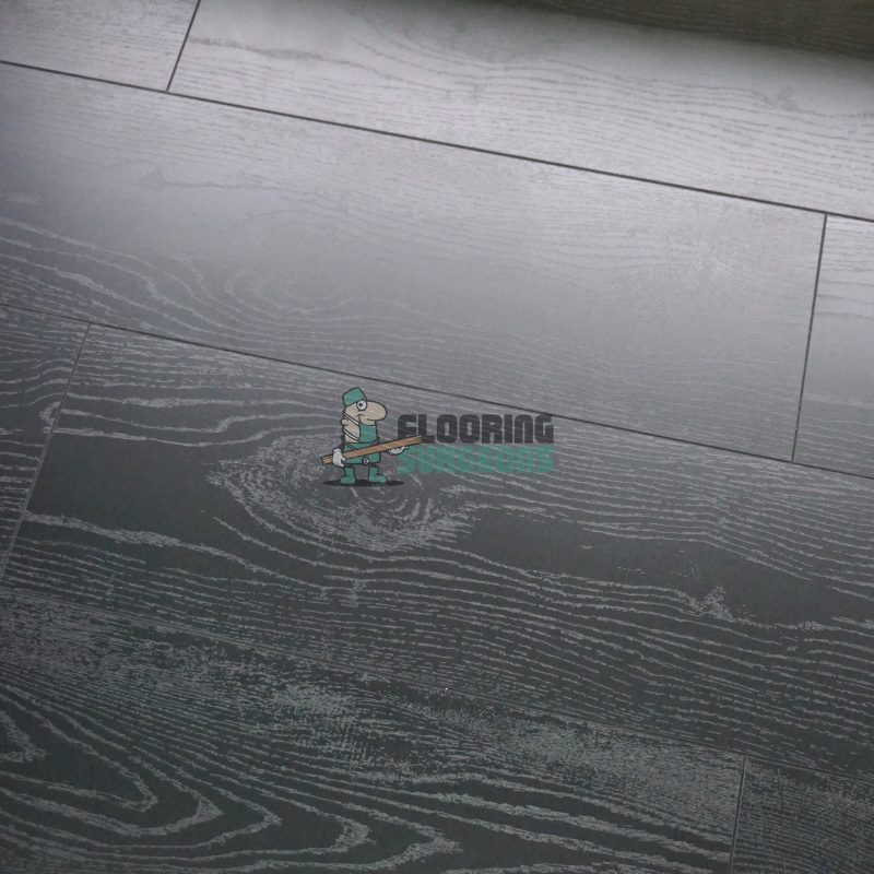 Vivant Vintage 12mm Dark Night 4V Groove Laminate Flooring