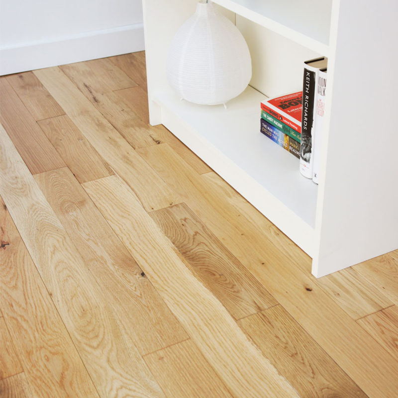 Alabama 90mm Classic Lacquered Oak Solid Wood Flooring