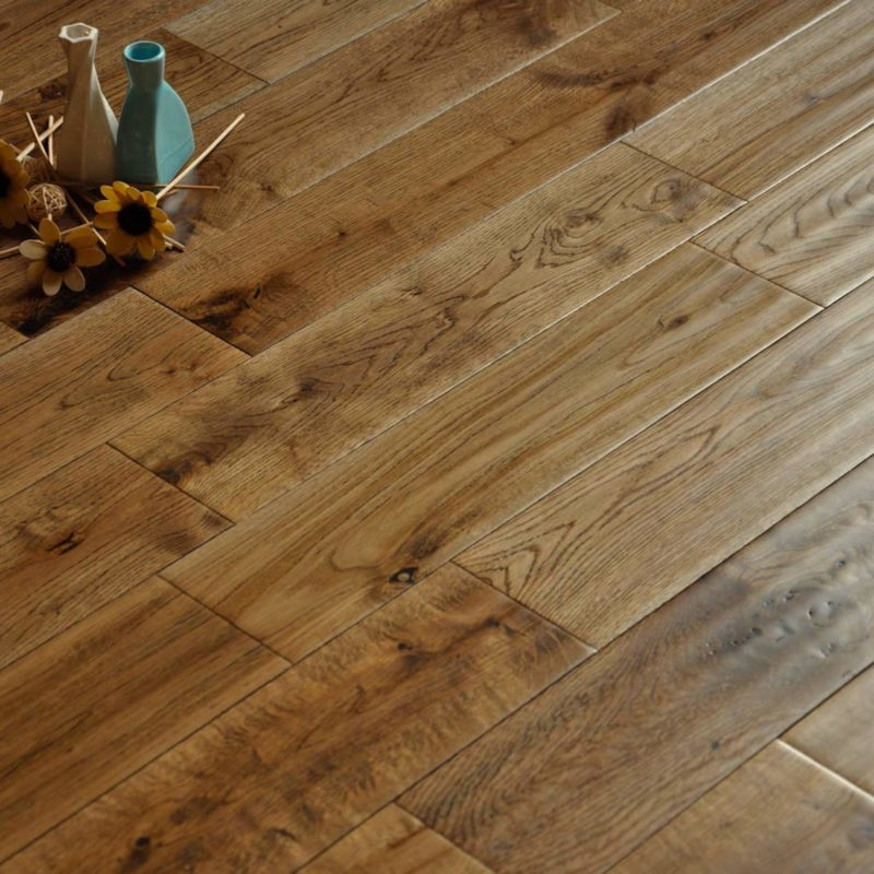Alabama 125mm Golden Oak Hand Scraped Solid Wood Flooring