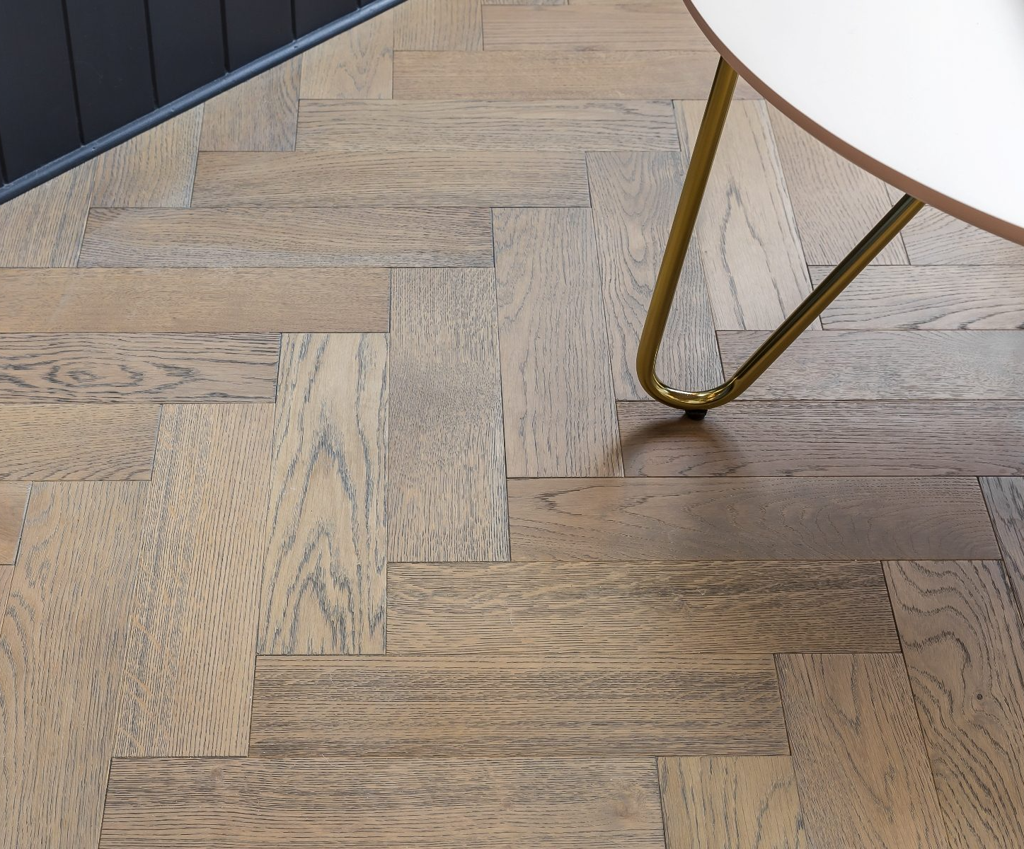 Dolcevita 15/4 x 90mm Frozen Rustic Oak Herringbone Engineered