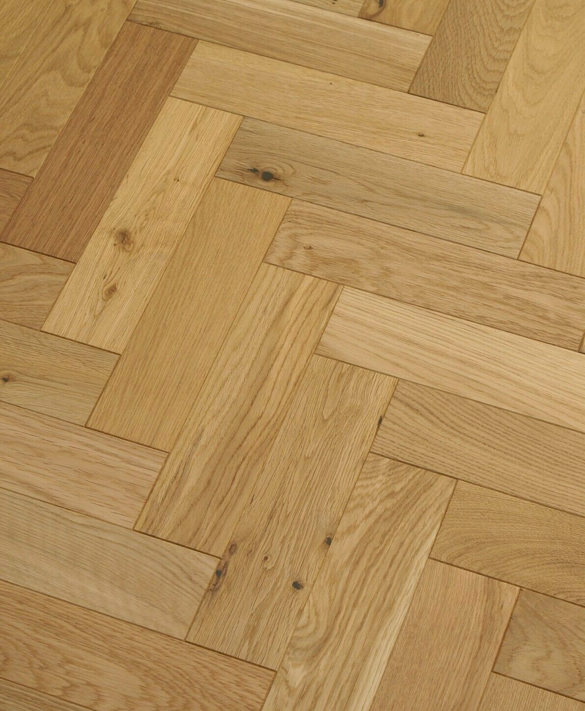 Riviera 18/3 x 80mm Natural Brushed Oak Herringbone Engineered