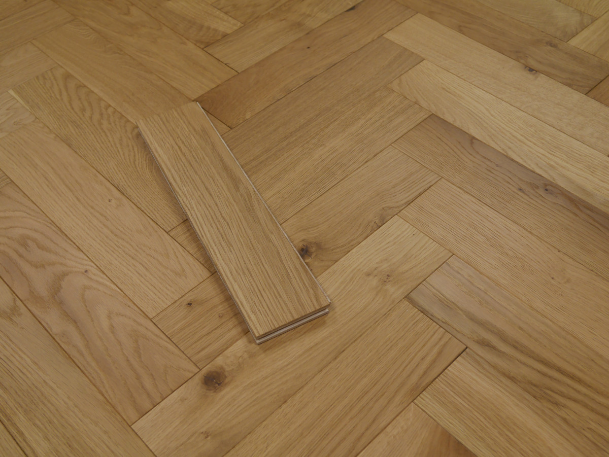 Riviera 14/3 x 90mm Natural Oiled Oak Herringbone Engineered