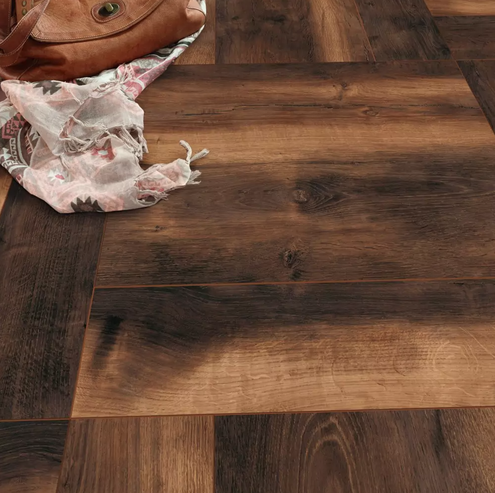 Home Elite 12mm Ammonia Oak 4V Laminate Flooring