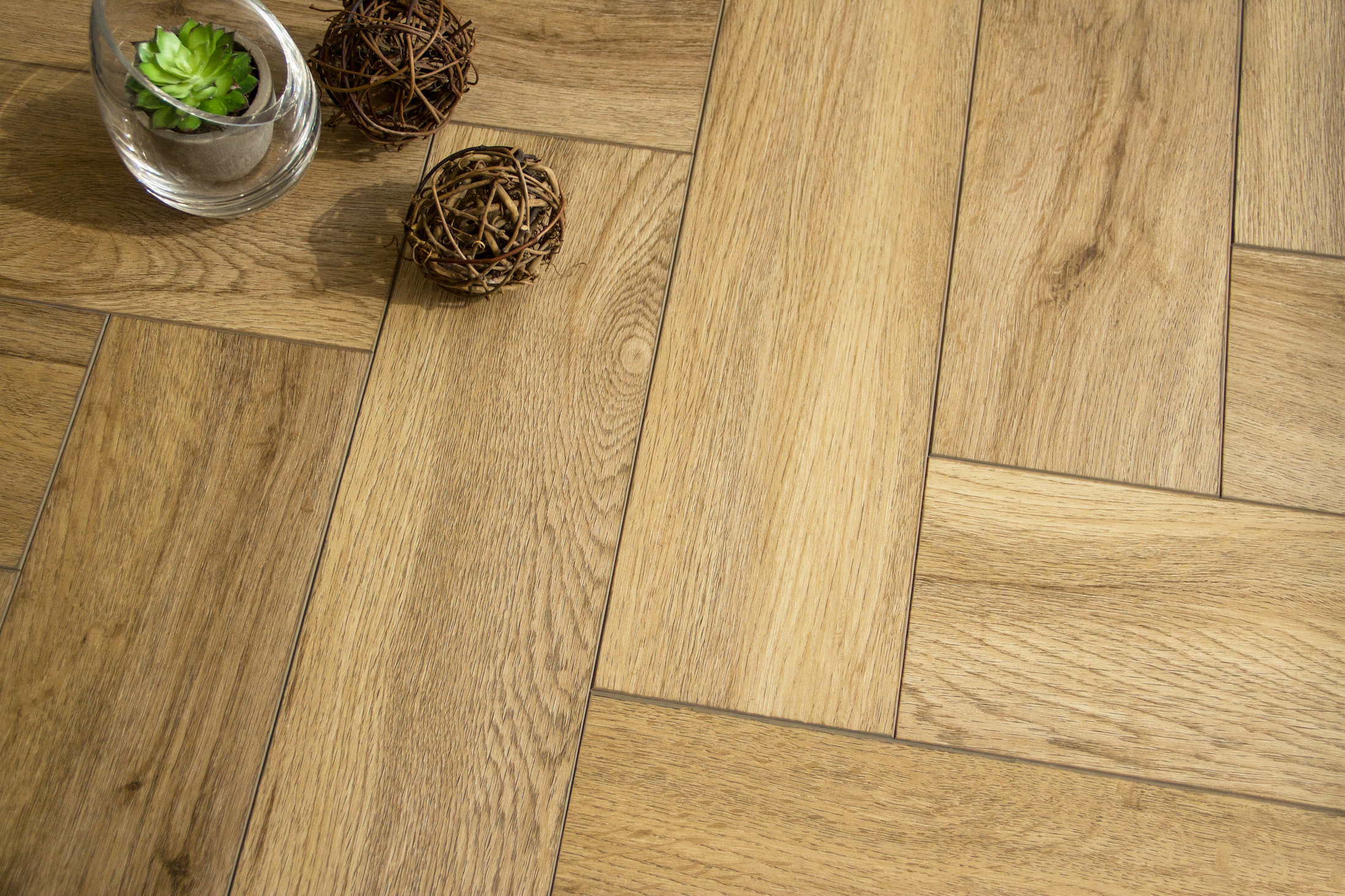Boutique Herringbone 5mm Natural Oak Luxury Vinyl Click Flooring