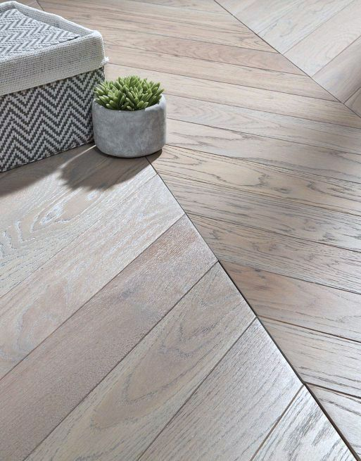 Dolcevita Chevron 10/4 x 90mm Misty Grey Oak Engineered Flooring