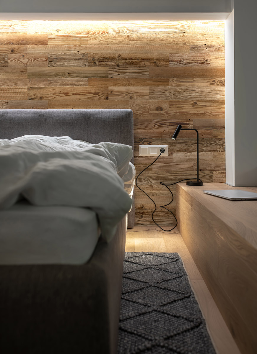 Natural Weathered Real Wood Plank Wall Cladding
