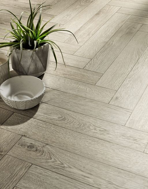 Dolcevita Herringbone 8mm Stirling Silver Oak 4V Laminate Flooring