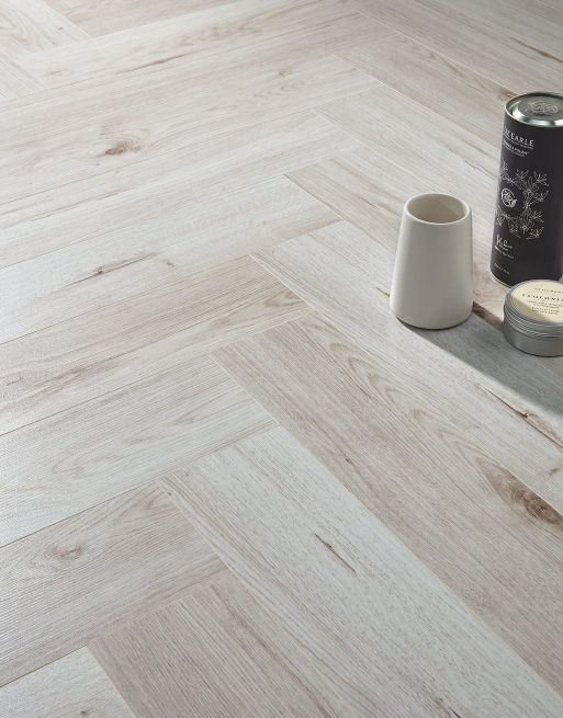Dolcevita Herringbone 8mm Shell White Oak 4V Laminate Flooring